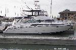 Bayliner avanti 4085 starboard side view