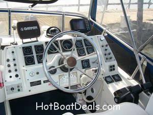 1990 Carver 27 Santego Command Bridge The cleanest you will find! $23,500.00  SOLD.