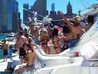 Chicago Playpen Boat Party 6-19-2010--2 Boat Lineup from:DotComd